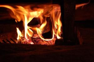 bright-fire-3008x2000_98847