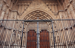 church-gate-5284x3365_19424